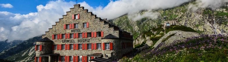 Hotel in den Alpen