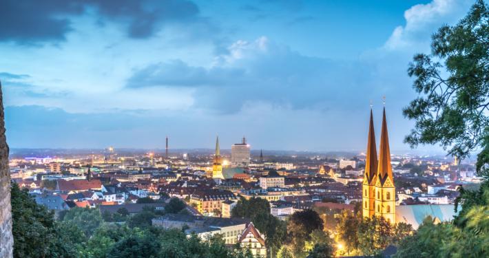 Panoramablick auf die Innenstadt von Bielefeld