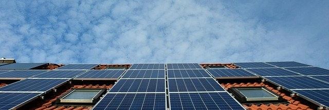 Solarsystem auf Dach